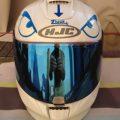 Déco casque de moto : sticker colérique au volant avec zlook.