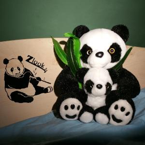 panda-assis-presentation-chambre-sticker-panda-peluche-atomistickers